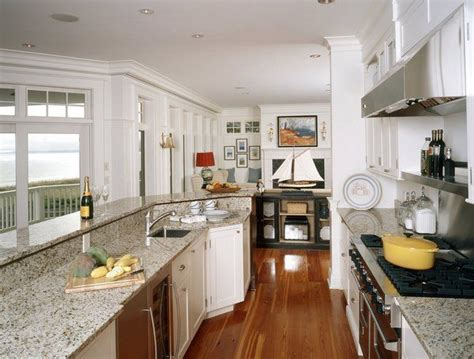 Narrow Kitchen Countertops by 17 Best Ideas About Giallo Ornamental Granite On
