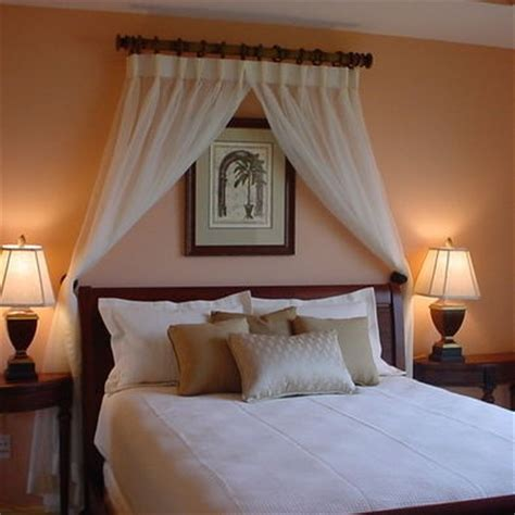 curtain headboard ideas 17 best ideas about curtains behind bed on pinterest