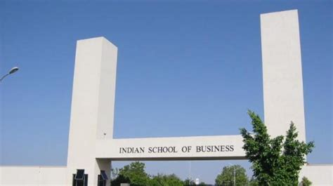 Mfe Vs Mba Salary by 2017 Isb Students Get 1 113 Offers Rs 22 Lakh