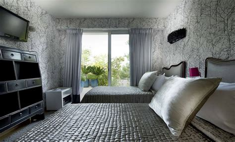 silver bedroom decorating ideas wallpaper bedroom wallpaper villa on the cap ferrat c 244 te d azur