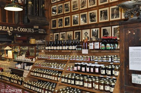 Kitchen Gadget Store Nashville Tn Brown County Country Store Brown County Indiana