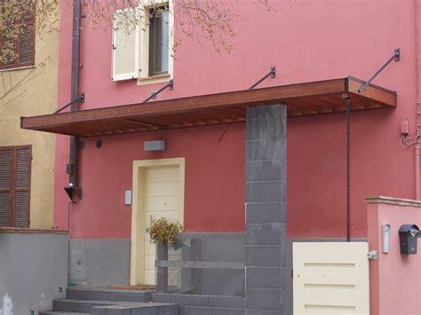 tettoia porta tettoia a sbalzo orizzontale con tiranti in acciaio il
