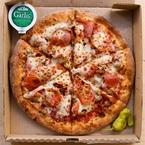 table pizza pan vs original crust papa s st louis is getting pretty damn pushy food