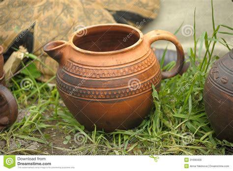 Handmade Clay Pots - handmade clay pots royalty free stock images image 31696409