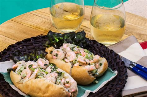 new year shrimp roll recipe louisiana shrimp roll is a cajun version of the classic