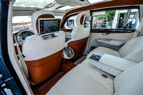 Best Car Upholstery by Bentley Suv In High Definition Photo Luxury Car