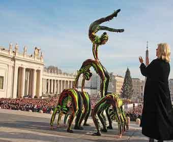 rinnovo permesso di soggiorno per matrimonio con cittadino italiano il golden circus di liana orfei dal papa