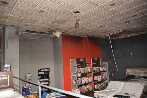 la tienda de colchones un incendio en el interior de una tienda de colchones de