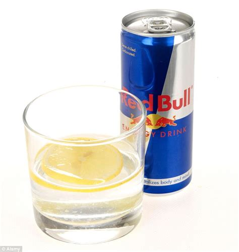 vodka s energy drinkem 10 easy mixed drinks to make on a college students budget