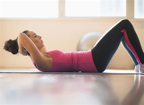 crunches  strengthen  core