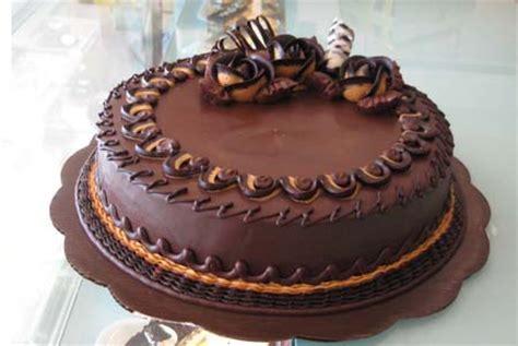 Coklat Kue Tart Segitiga resep naning cara membuat kue tart ulang tahun