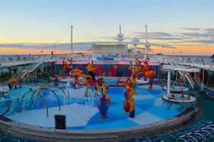 royal caribbean cruises ship on royal caribbean independence of the seas ship