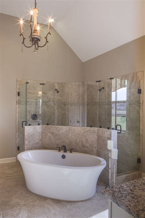 drop in bathtub ideas 25 best ideas about drop in tub on pinterest shower