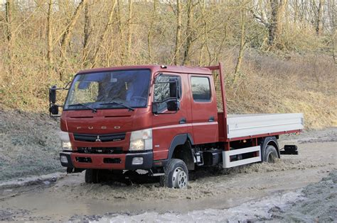 mitsubishi fuso 4x4 fuso canter 4x4 photo gallery autoblog