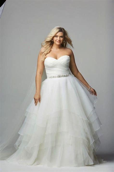 Plus Size Wedding Dresses: A Simple Guide   MODwedding
