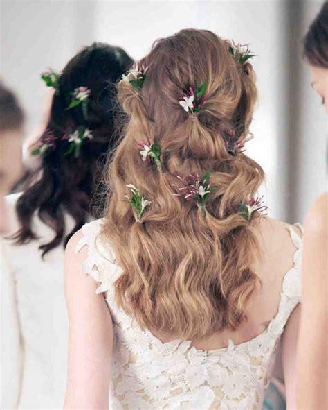 fiori per acconciature sposa acconciature sposa cento look da favola per il giorno pi 249
