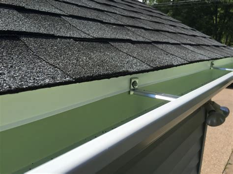 roof and gutter repair seamless gutter systems gutter
