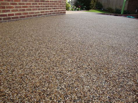 decorative aggregates east yorkshire pebble magic resin bound surfaces paving drives gravel