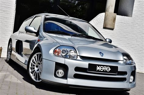 renault clio sport v6 renault clio v6 rs in pristine condition could be yours