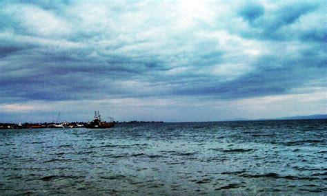 ferry boat eretria oropos 101 0632a jpg