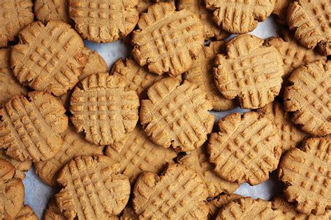 peanut butter biscuits peanut butter cookies recipe dishmaps