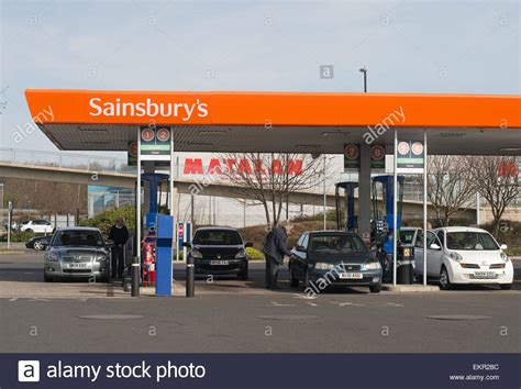petrol station uk filling stock  petrol station uk