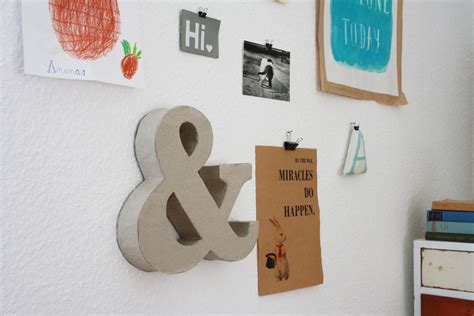 upcycling diy riesige buchstaben aus pappe klorollen upcycling diy
