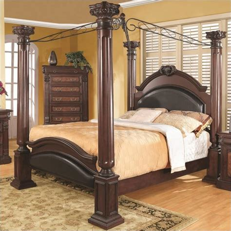 poster canopy bed 18 master bedrooms featuring canopy beds and four poster