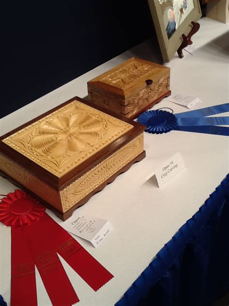 winner woodworking a wood carving show winner mickey hudspeth highland