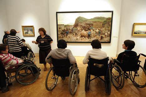 sognare sedia a rotelle tour in russia per diversamente abili russia beyond italia