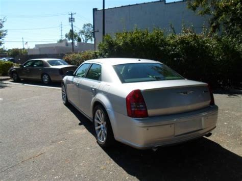 Buy Chrysler 300 by Chrysler 300 Srt8 Cars Trucks By Owner Vehicle Autos Post