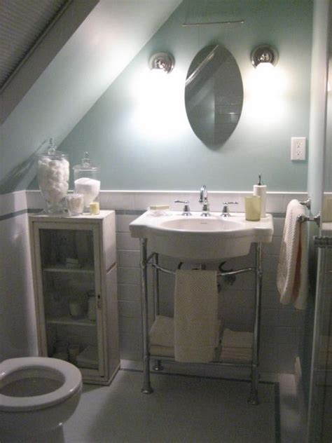3 piece bathroom ideas 63 best images about attic bathroom sloped ceiling on