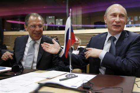 Jula Laughs It by Lavrov Putin Laughing 324