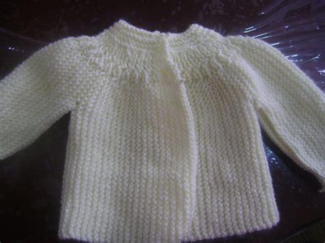 chambritas tejidas a dso agujas con canesu redondo paso a paso chambritas para beb 233 en dos agujas imagui teje bebe