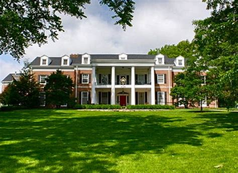 Best Sorority Houses by The 10 Best Sorority Houses In America 2017