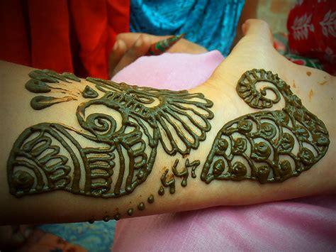 fiori indiani mehndi tatuaggi all henn 233 per donne