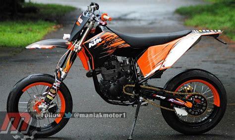Komstir Racing Yamaha modifikasi yamaha scorpio jambi kerangka supermoto dan salah swing arm portal sepeda motor