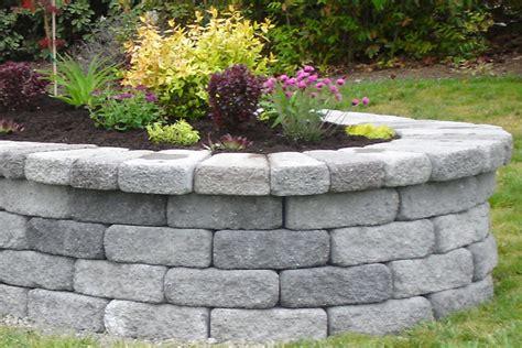 Concrete Paver Planters by Landscape Architects Basalite