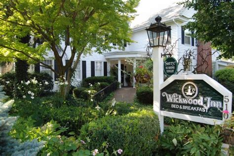 Saugatuck Bed And Breakfast With Pool by Great Food Impressive Decor And Landscape Review Of