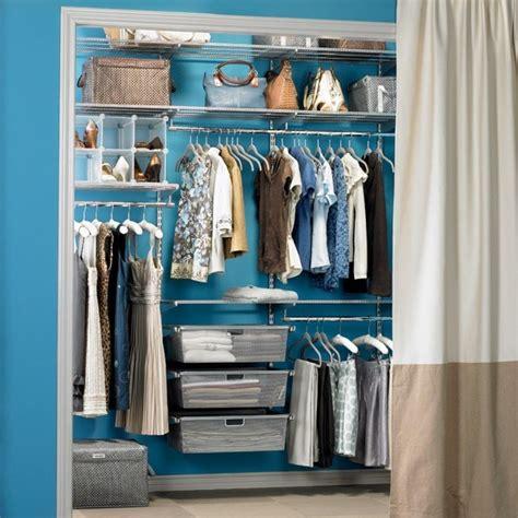 ideen f 252 r offenen kleiderschrank im schlafzimmer - Offener Kleiderschrank Ideen