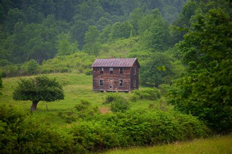 old farm house file old fashioned farm house west virginia forestwander jpg wikimedia commons