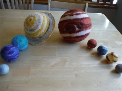 Handmade Solar System - how to diy the solar system of wool with their own