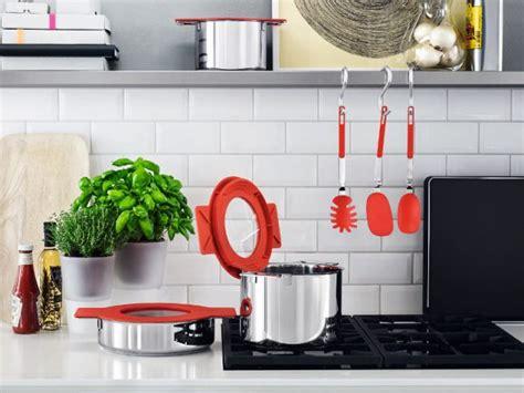 accessoire de cuisine des ustensiles astucieux pour cuisiner malin maisonapart