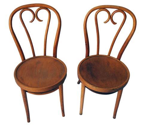 Bentwood Bistro Chair Set Of 4 Bentwood Bistro Chairs At 1stdibs