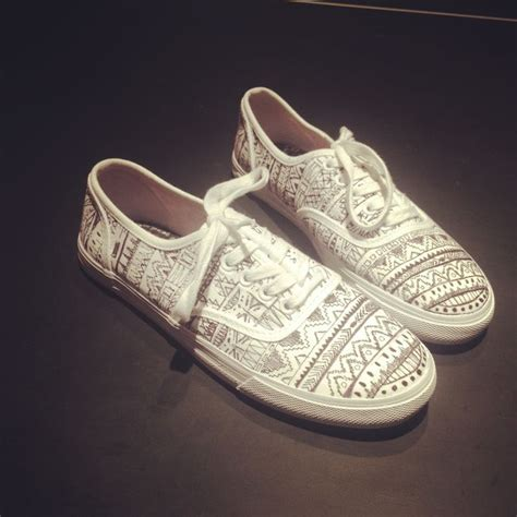 tribal pattern vans shoes tribal print vans shoes pinterest