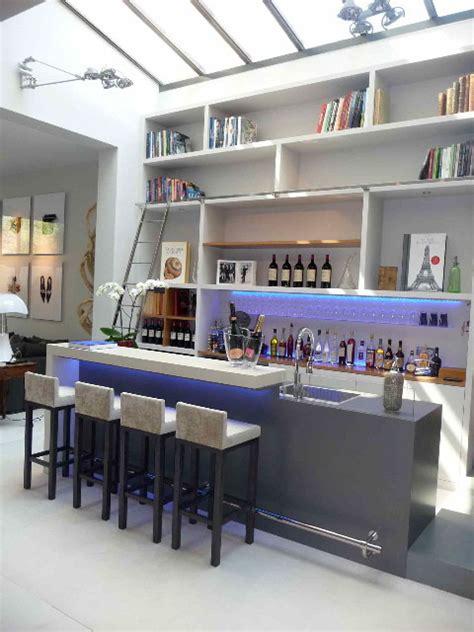 bar s駱aration cuisine salon bar en b 233 ton pour h 244 tel particulier moderne bar de