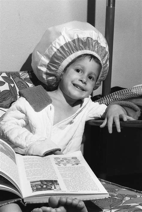 Hair Dryer History file bonnet hair dryer 1965 jpg wikimedia commons