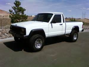 skiboarderbum420 s 1987 jeep comanche regular cab in lake