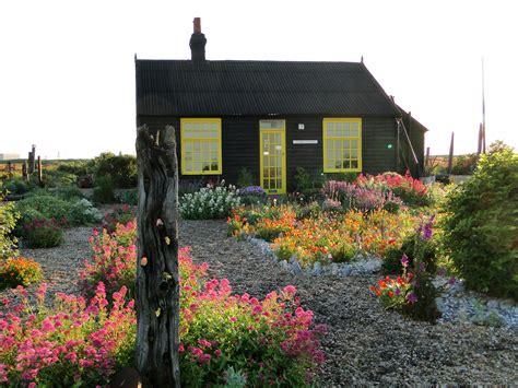 S Garden by Garden Tour Derek Jarman S Garden Wellywoman