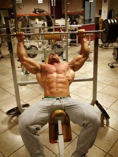 buff dudes bench press 546 best muscle jocks images on pinterest hot men